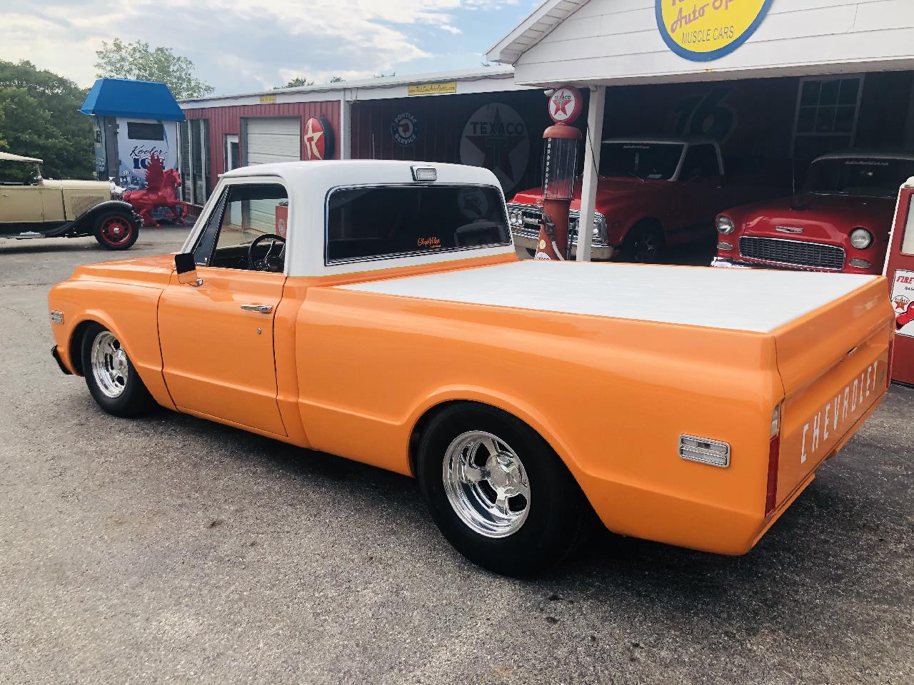 Large Picture of Classic 1972 Chevrolet 1/2-Ton Pickup located in Oklahoma - $35,000.00 Offered by Red Line Auto Sports - QAO1