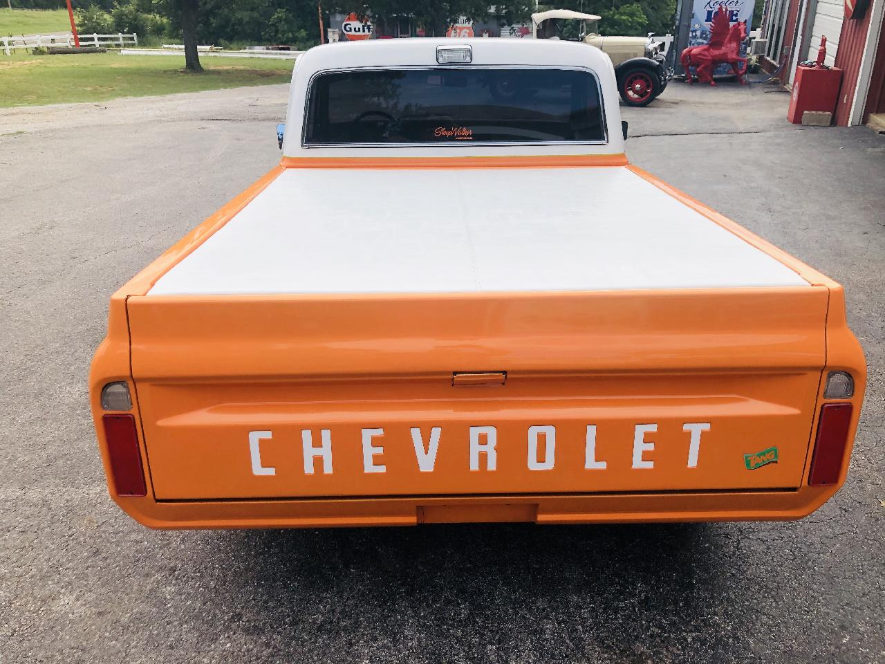 Large Picture of '72 1/2-Ton Pickup located in Oklahoma - $35,000.00 - QAO1