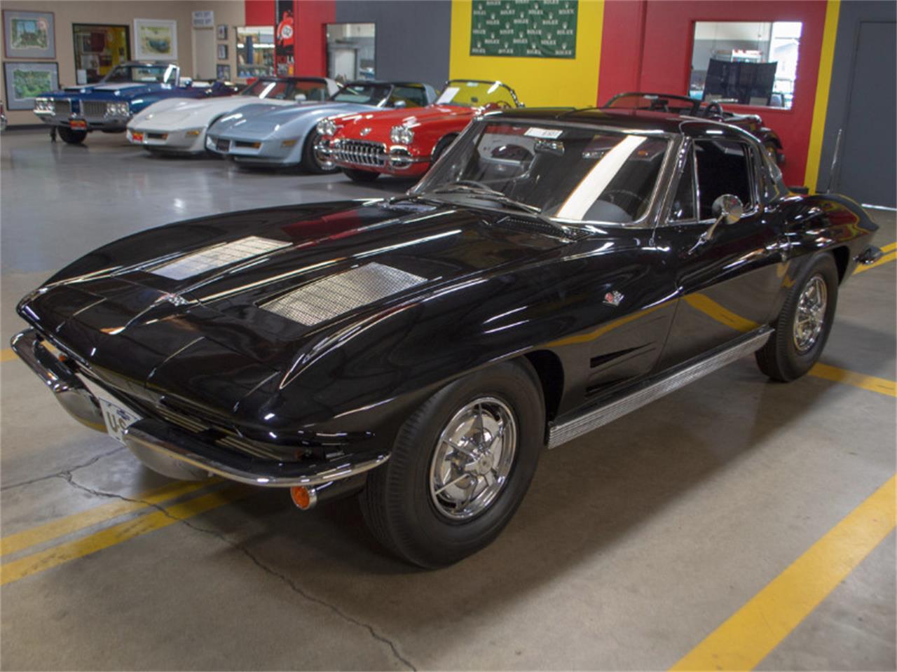 Large Picture of '63 Corvette - QAO6