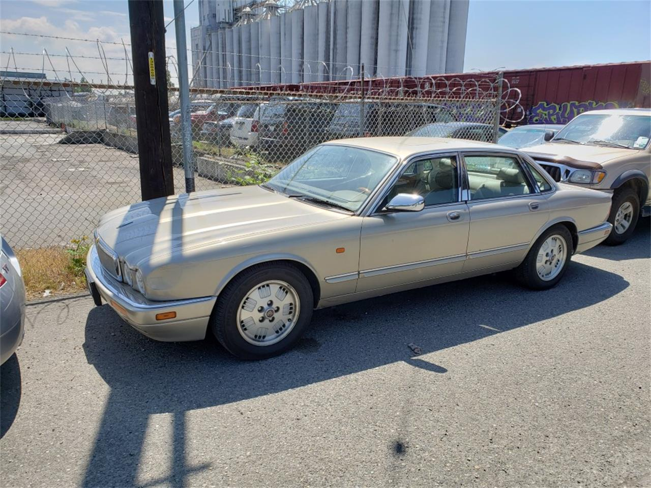 Large Picture of '95 XJS - Q5W1