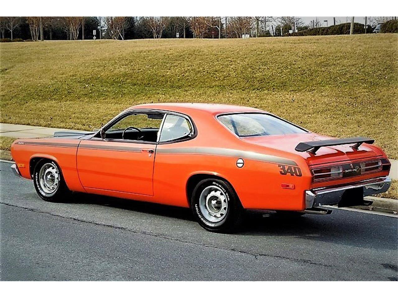 Large Picture of '72 Duster - QASE