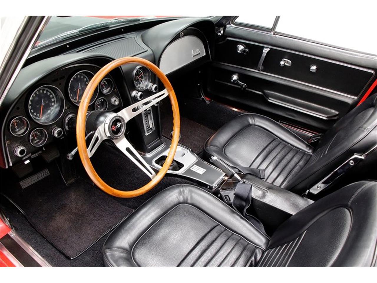 Large Picture of '67 Corvette - Q5WH