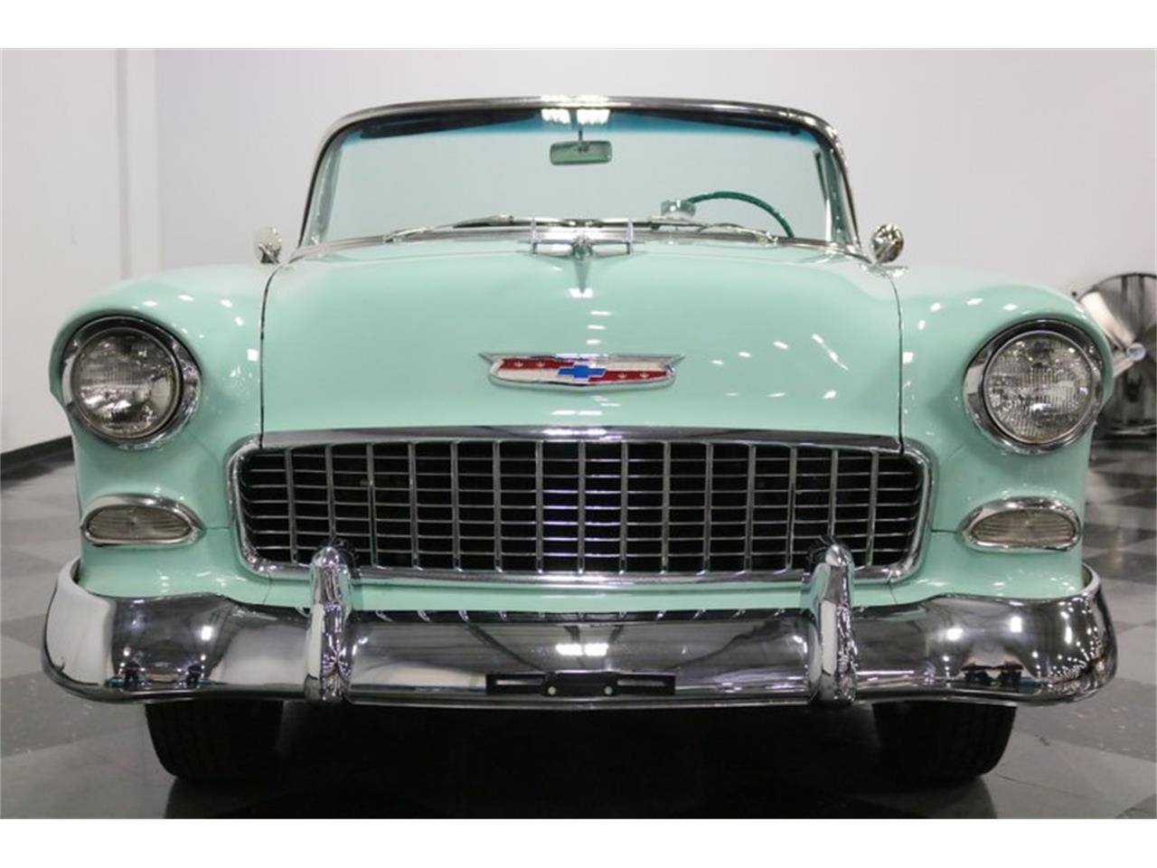 Large Picture of '55 Chevrolet Bel Air Offered by Streetside Classics - Dallas / Fort Worth - QAW8
