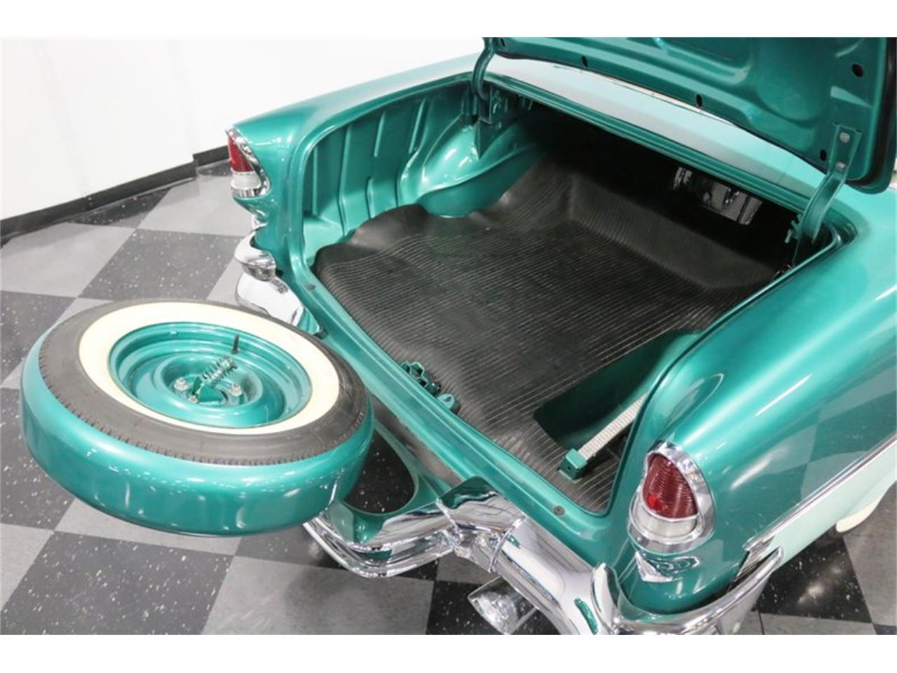 Large Picture of Classic 1955 Chevrolet Bel Air located in Ft Worth Texas Offered by Streetside Classics - Dallas / Fort Worth - QAW8