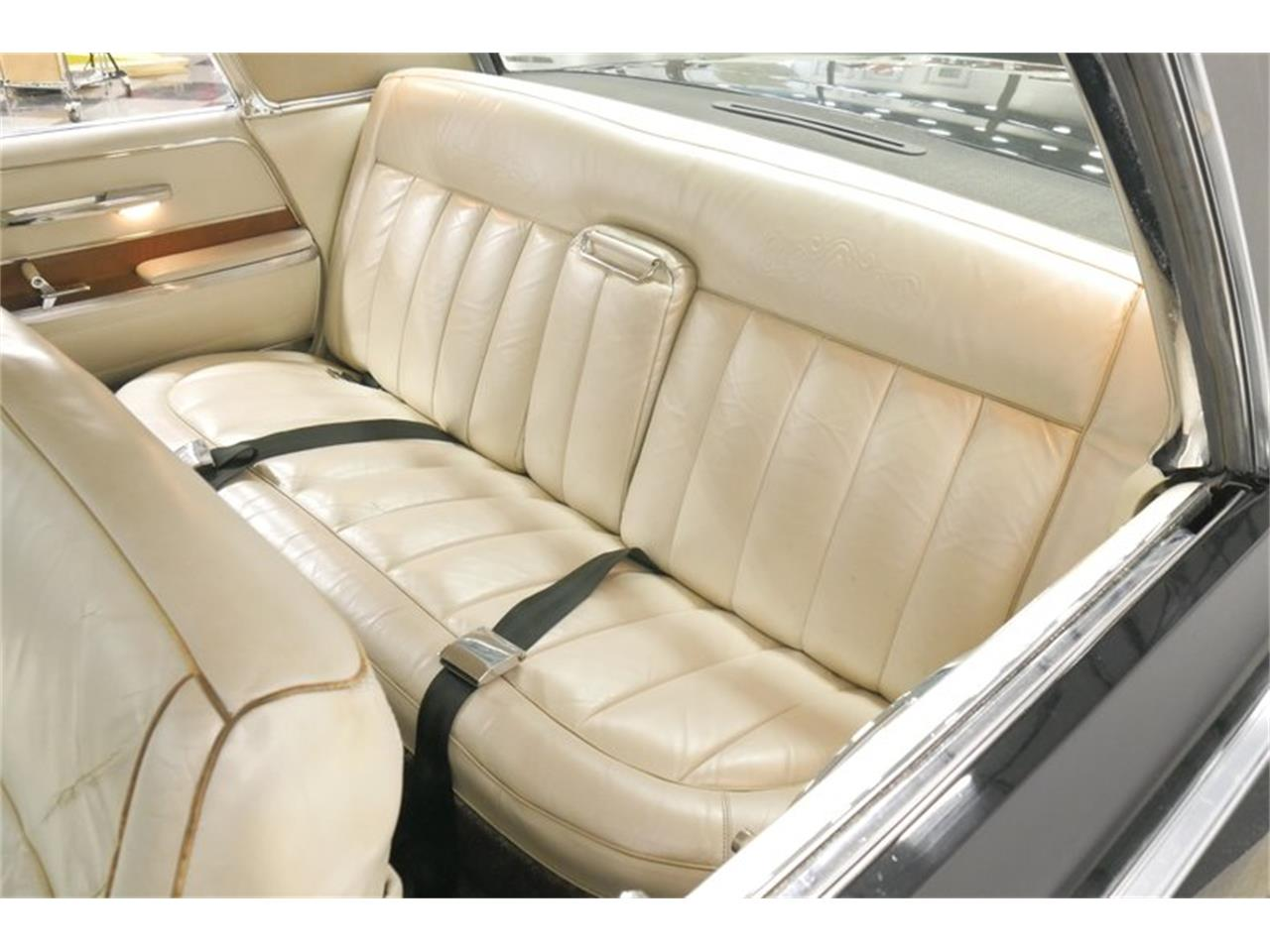 Large Picture of '66 Chrysler Imperial located in Lavergne Tennessee Offered by Streetside Classics - Nashville - QAX3