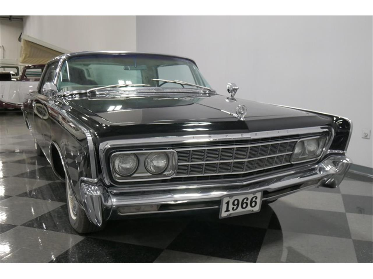 Large Picture of Classic 1966 Imperial located in Lavergne Tennessee - QAX3