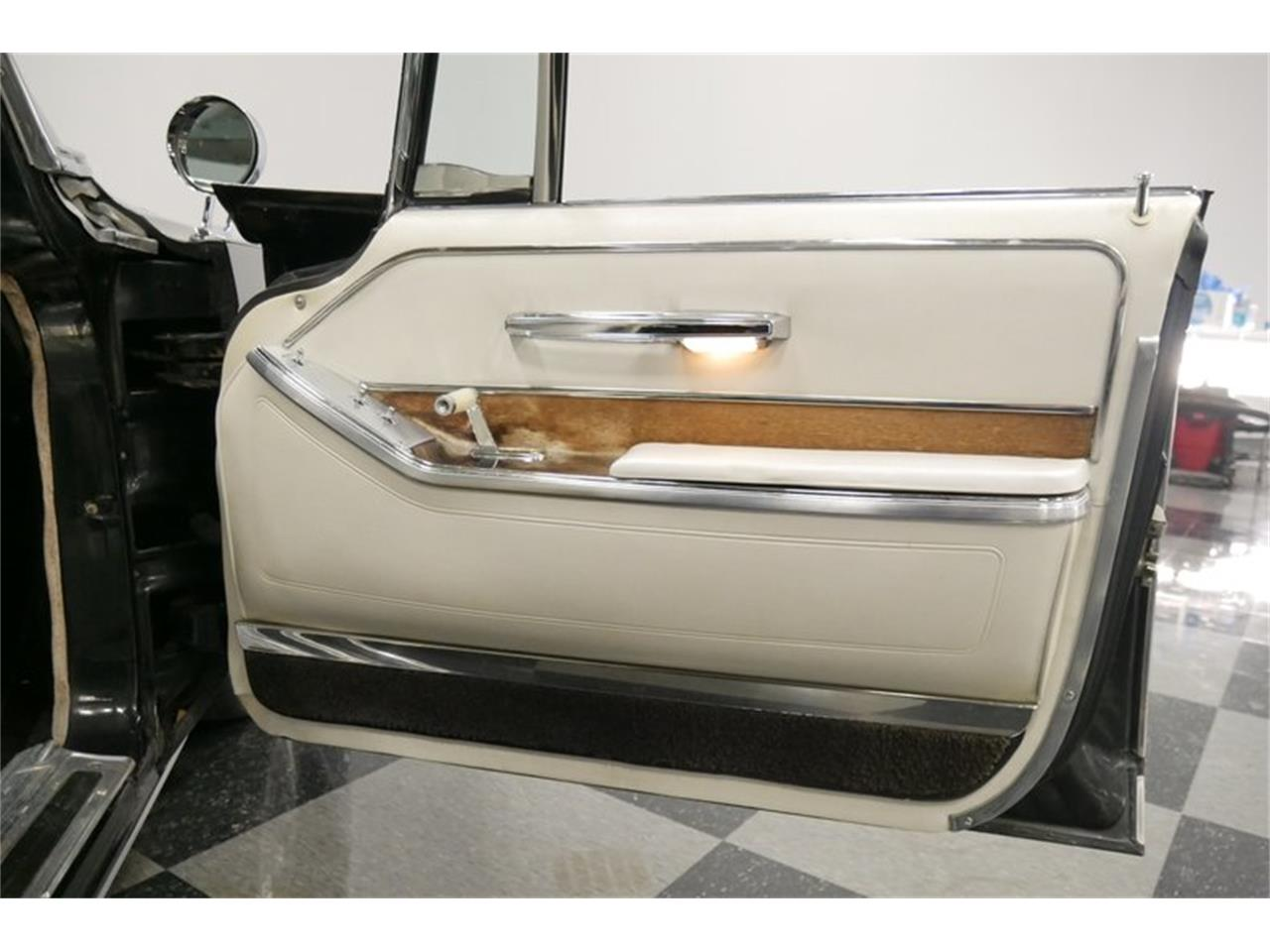 Large Picture of 1966 Chrysler Imperial located in Tennessee - $18,995.00 - QAX3