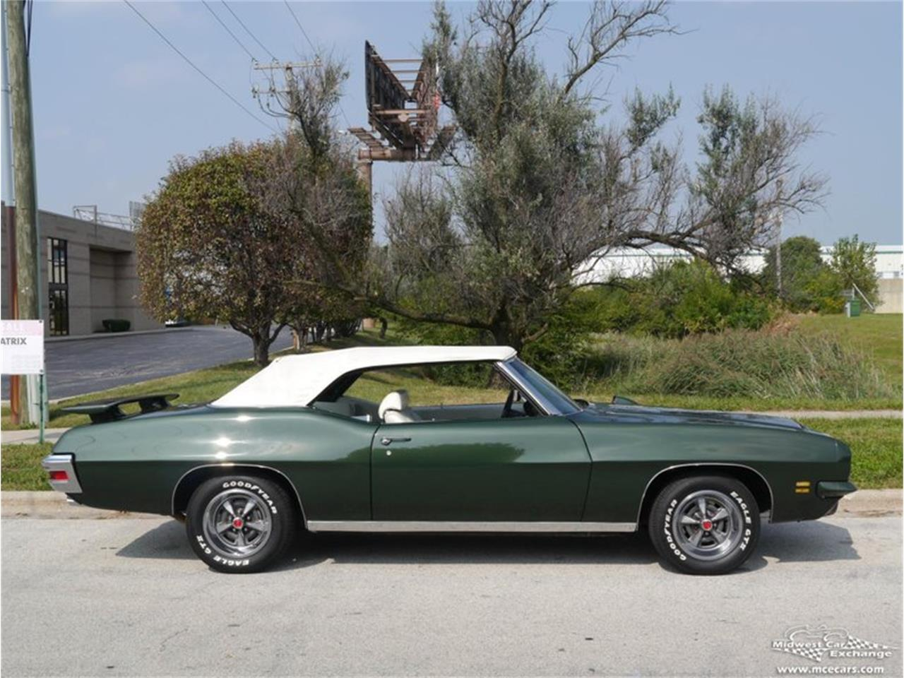 Large Picture of Classic '71 GTO located in Alsip Illinois - $66,900.00 Offered by Midwest Car Exchange - QAXE