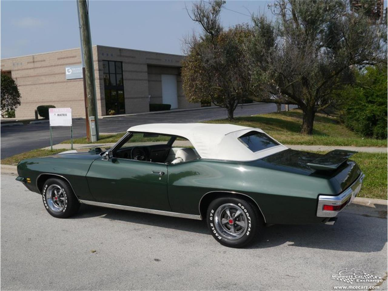 Large Picture of Classic '71 Pontiac GTO Offered by Midwest Car Exchange - QAXE