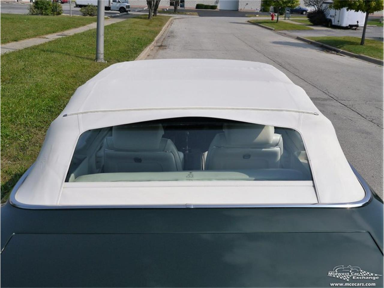 Large Picture of Classic '71 Pontiac GTO located in Illinois Offered by Midwest Car Exchange - QAXE