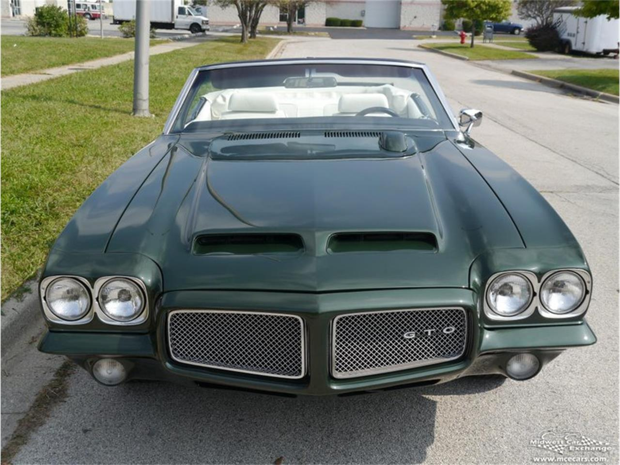 Large Picture of 1971 Pontiac GTO located in Illinois Offered by Midwest Car Exchange - QAXE