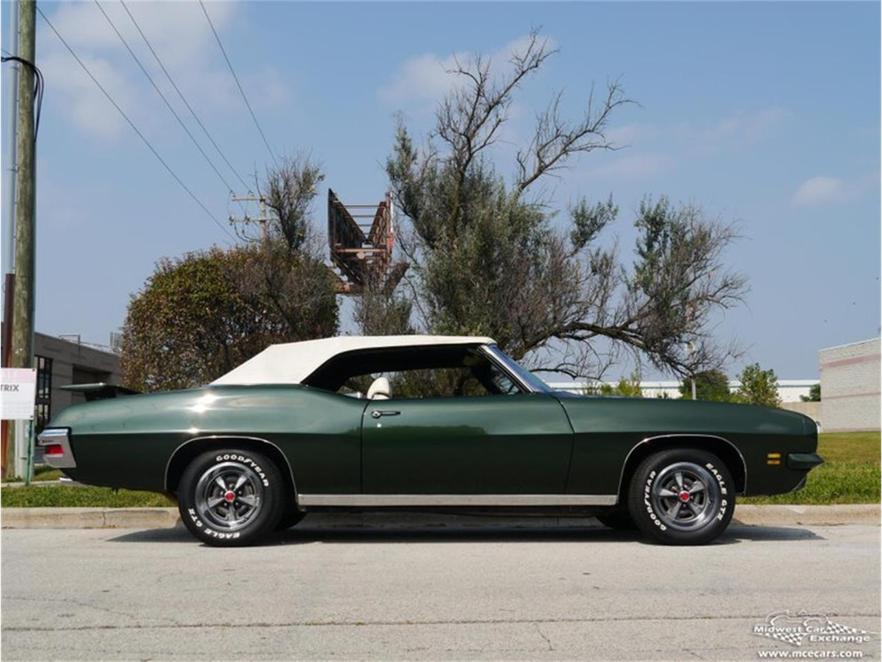 Large Picture of 1971 Pontiac GTO - $66,900.00 Offered by Midwest Car Exchange - QAXE