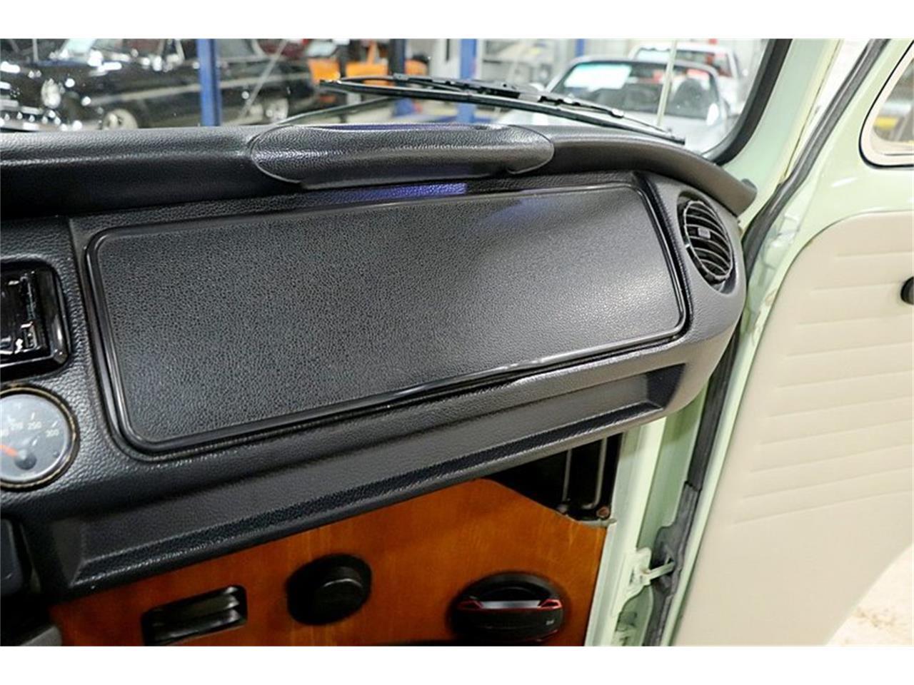 Large Picture of 1969 Volkswagen Westfalia Camper located in Michigan - Q5WZ