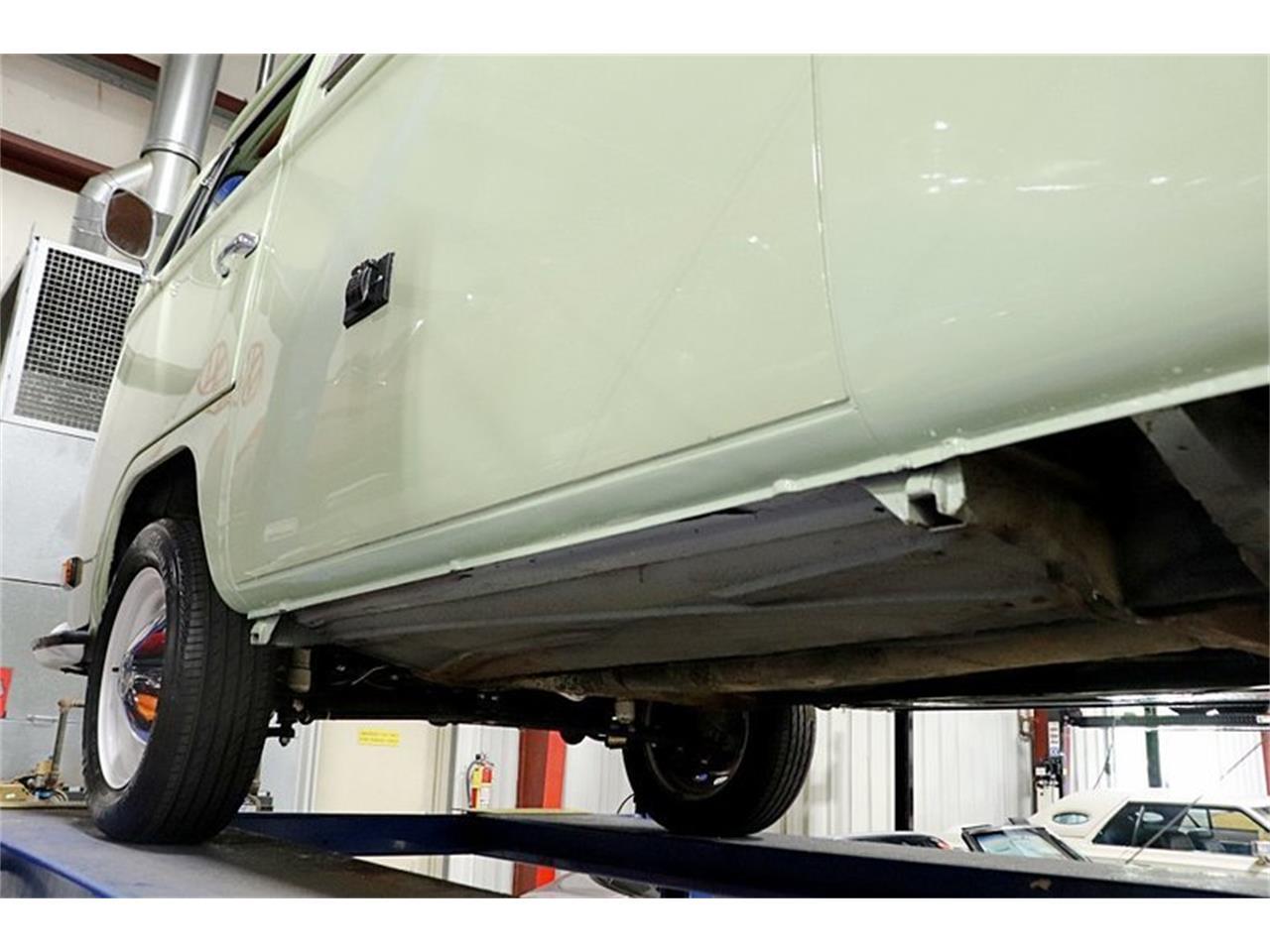 Large Picture of Classic '69 Volkswagen Westfalia Camper - Q5WZ