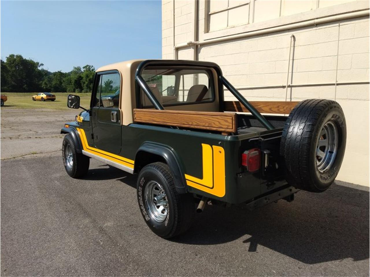 Large Picture of '82 CJ8 Scrambler - QAY0