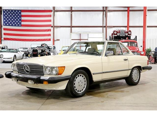 Picture of '88 Mercedes-Benz 560SL located in Michigan - $17,900.00 - Q5X6