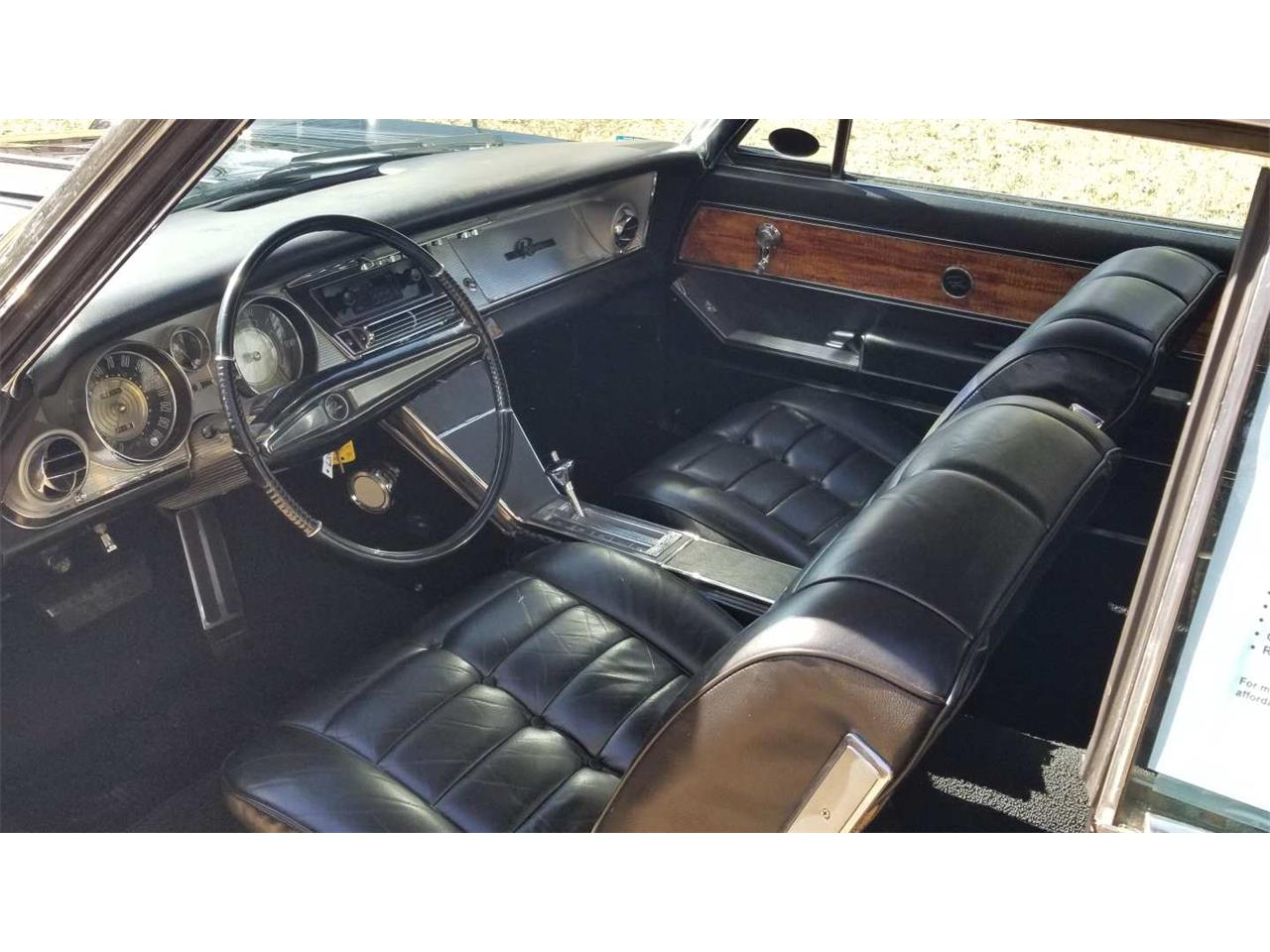 Large Picture of '63 Riviera - QB12