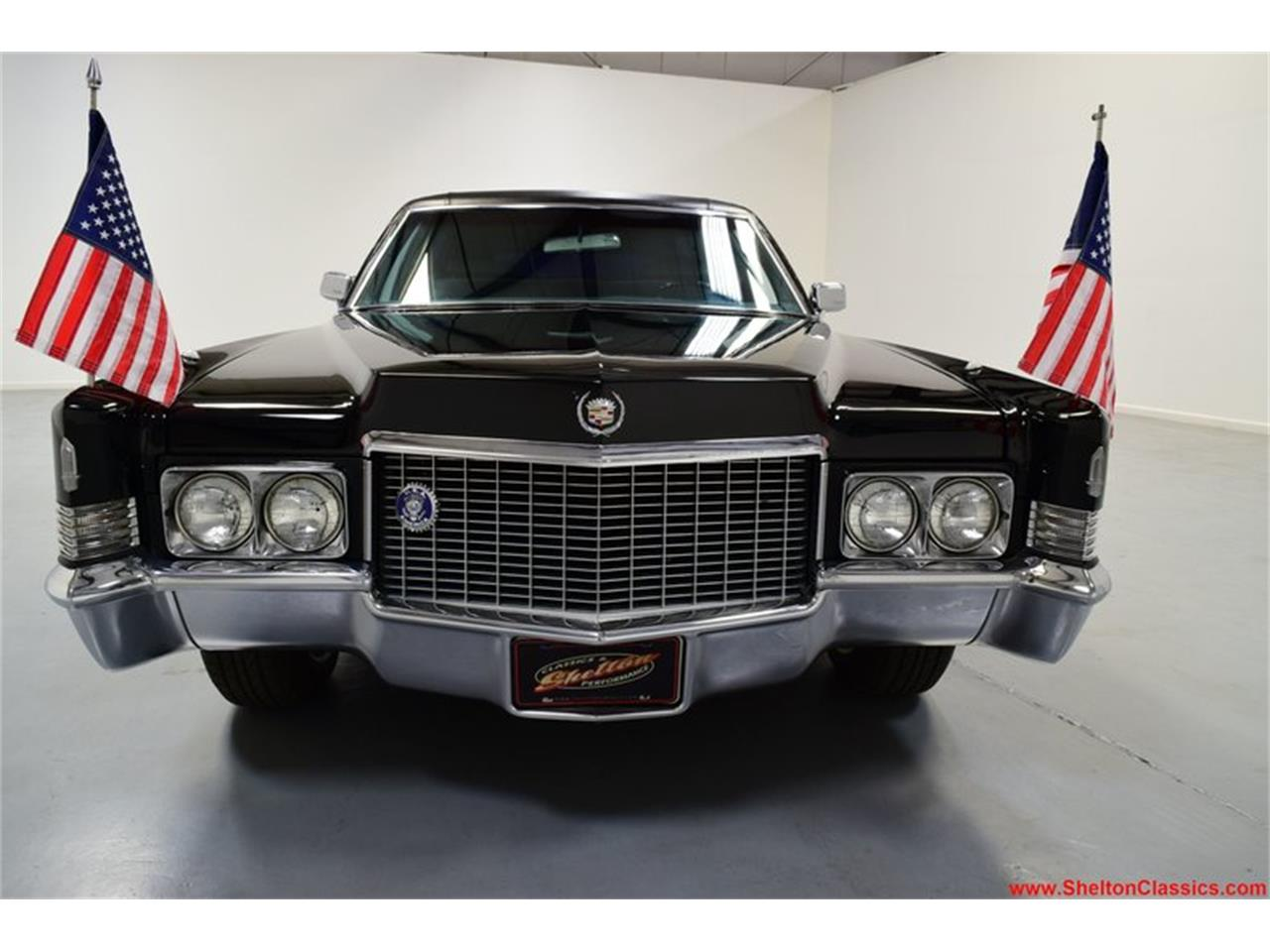 Large Picture of '70 Fleetwood - $16,995.00 - Q5XC