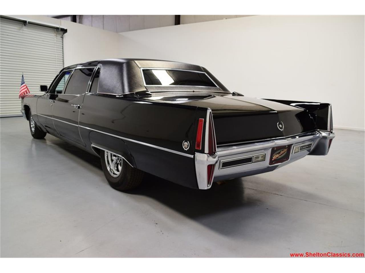 Large Picture of '70 Cadillac Fleetwood - Q5XC