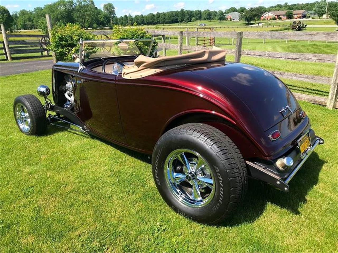 Large Picture of '34 Ford Roadster located in Knightstown Indiana - QB1O