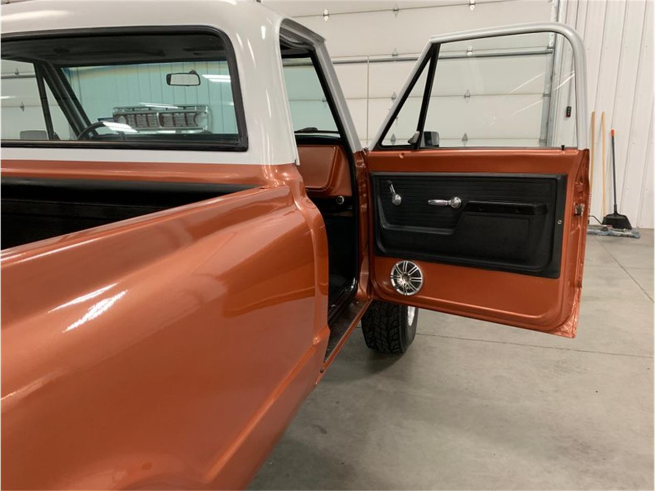 Large Picture of 1972 Chevrolet K-10 located in Michigan Offered by 4-Wheel Classics - QB26