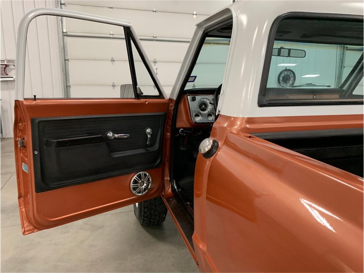 Large Picture of '72 Chevrolet K-10 - $18,900.00 Offered by 4-Wheel Classics - QB26