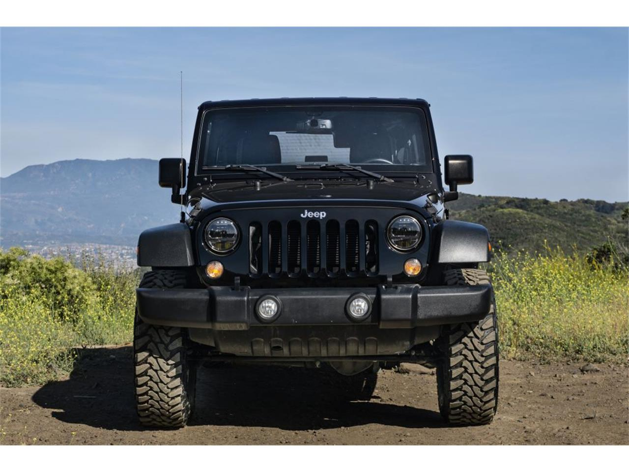 Large Picture of '16 Jeep Wrangler - $37,980.00 Offered by Fortunauto 13 LLC - QB2E