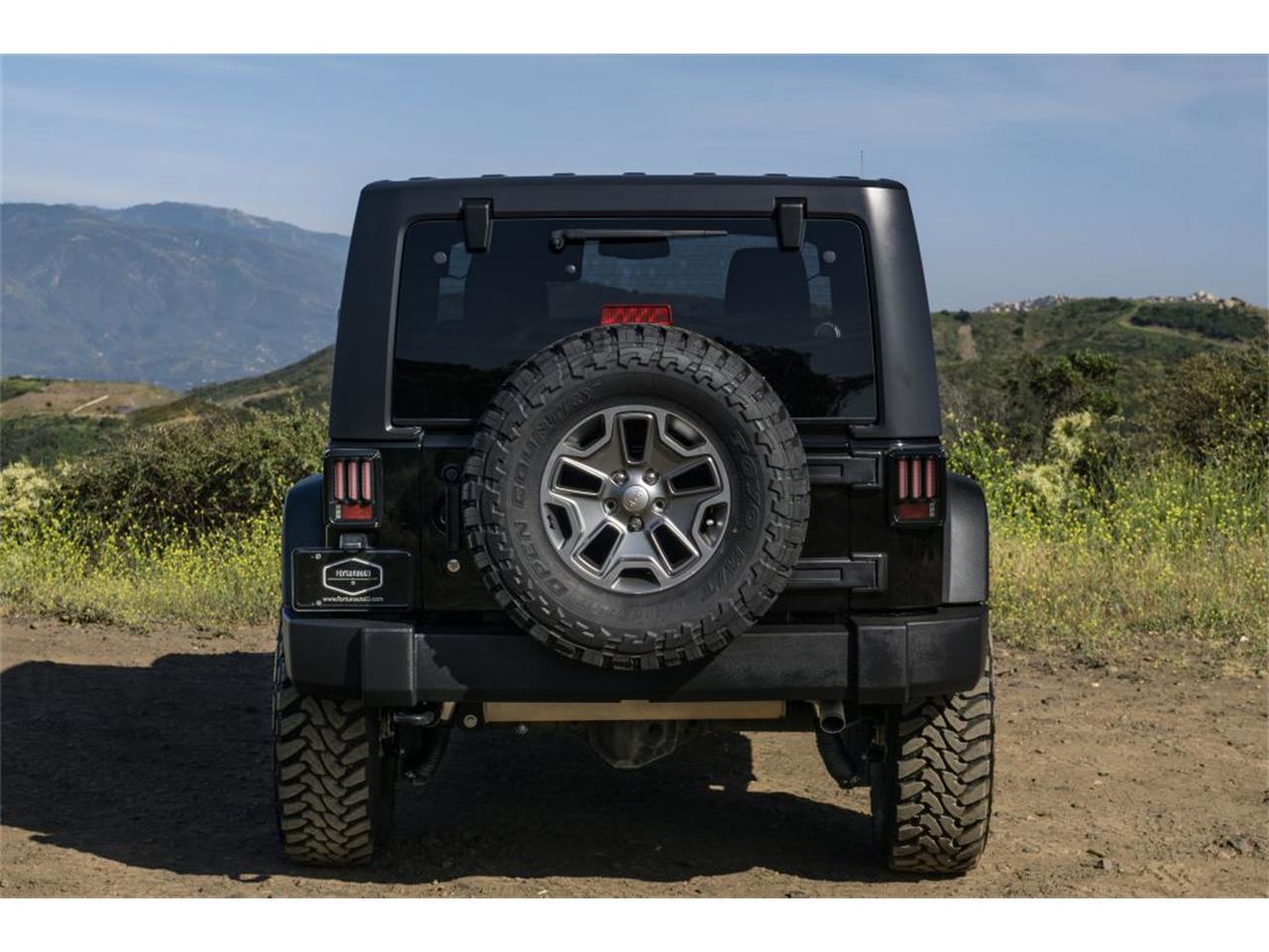 Large Picture of '16 Jeep Wrangler - QB2E