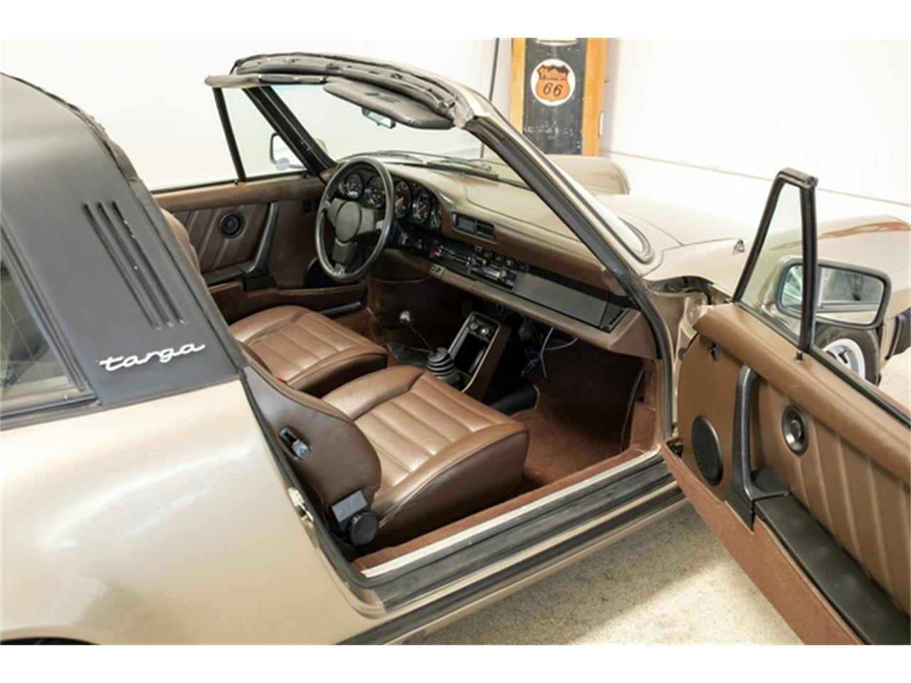 Large Picture of 1982 Porsche 911 Offered by Dusty Cars, LLC - QB2H