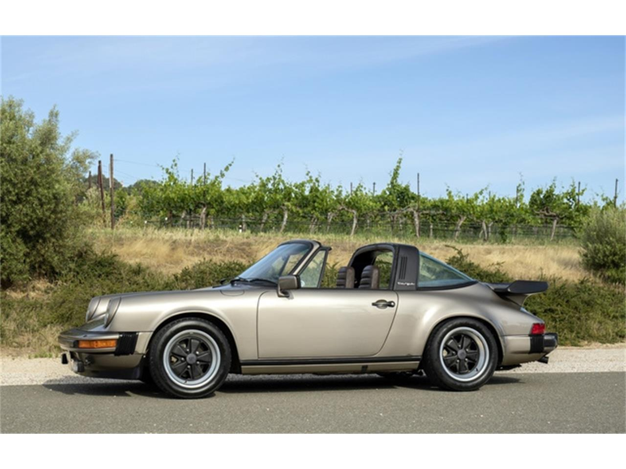 Large Picture of 1982 Porsche 911 located in Pleasanton California Offered by Dusty Cars, LLC - QB2H