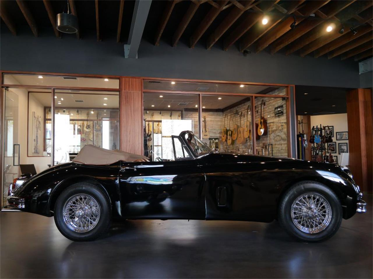 Large Picture of Classic '61 XK150 Offered by Walt Grace Vintage - QB2K