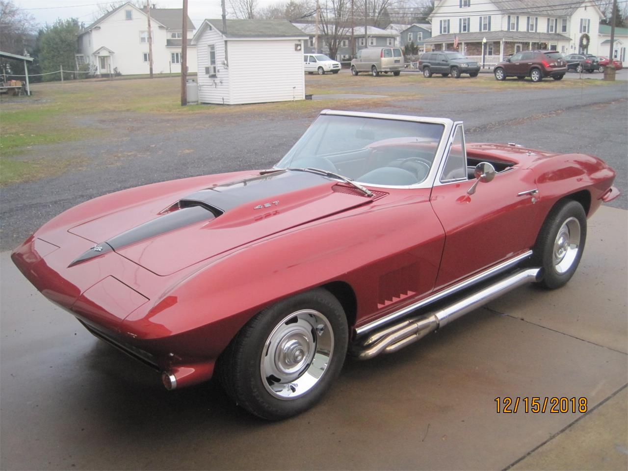 Large Picture of '67 Corvette - QB38