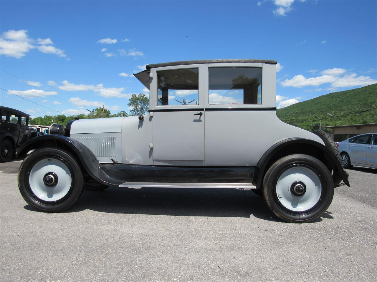 Large Picture of Classic '23 Speedwagon Auction Vehicle Offered by Central Pennsylvania Auto Auction - QB3B