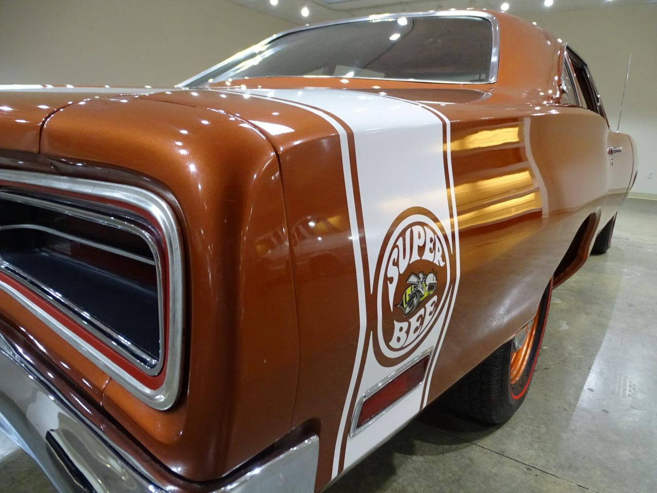 Large Picture of Classic 1970 Dodge Super Bee - QB4W