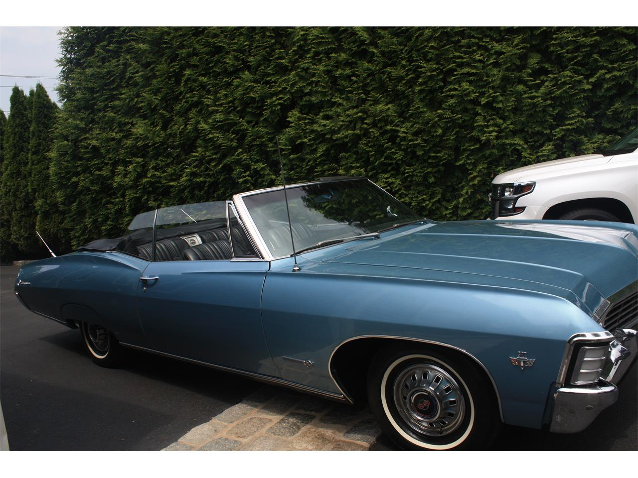 Large Picture of '67 Chevrolet Impala SS located in Norwalk Connecticut - QB4Y