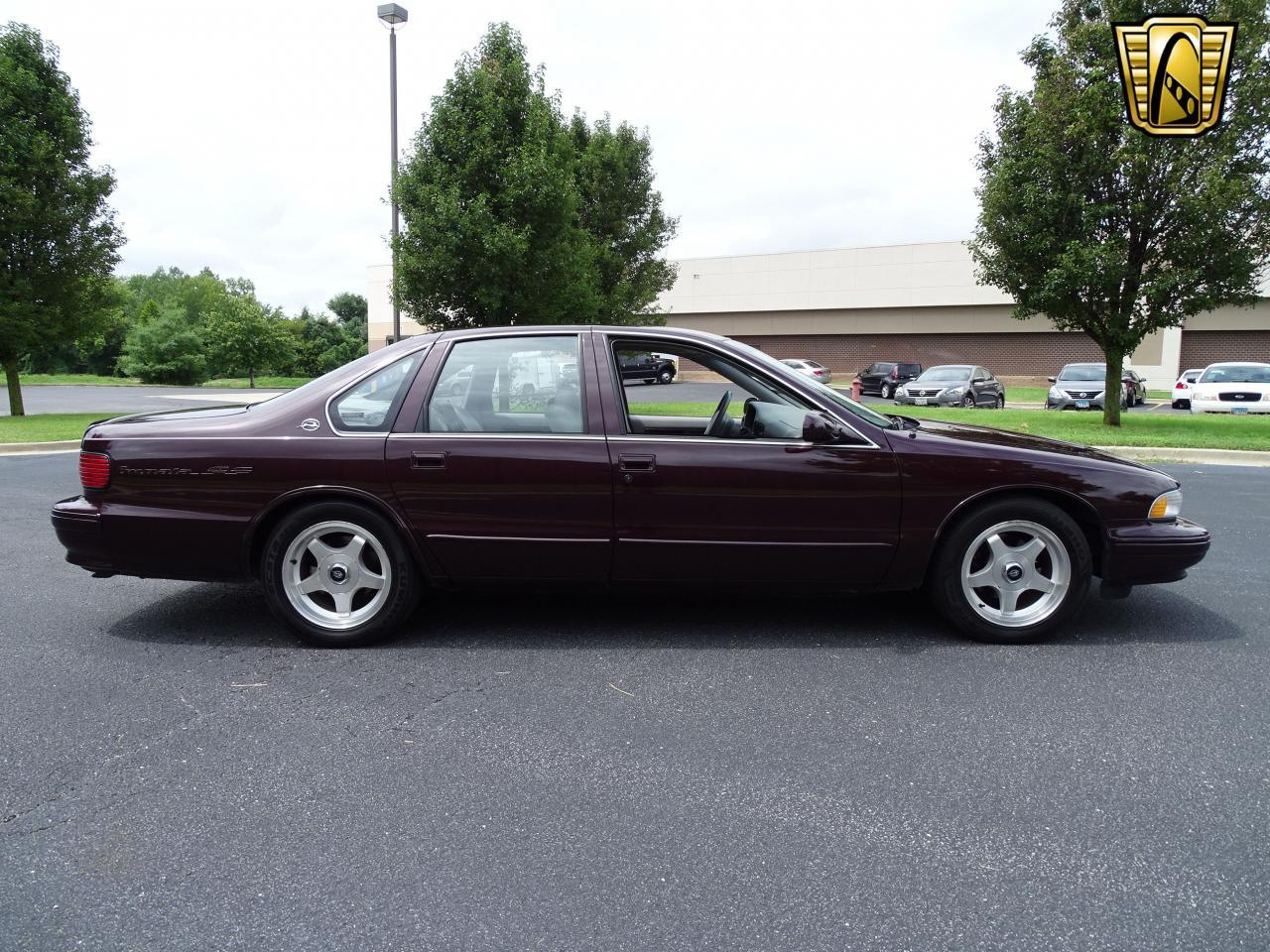 Large Picture of '96 Chevrolet Impala Offered by Gateway Classic Cars - St. Louis - QB5K