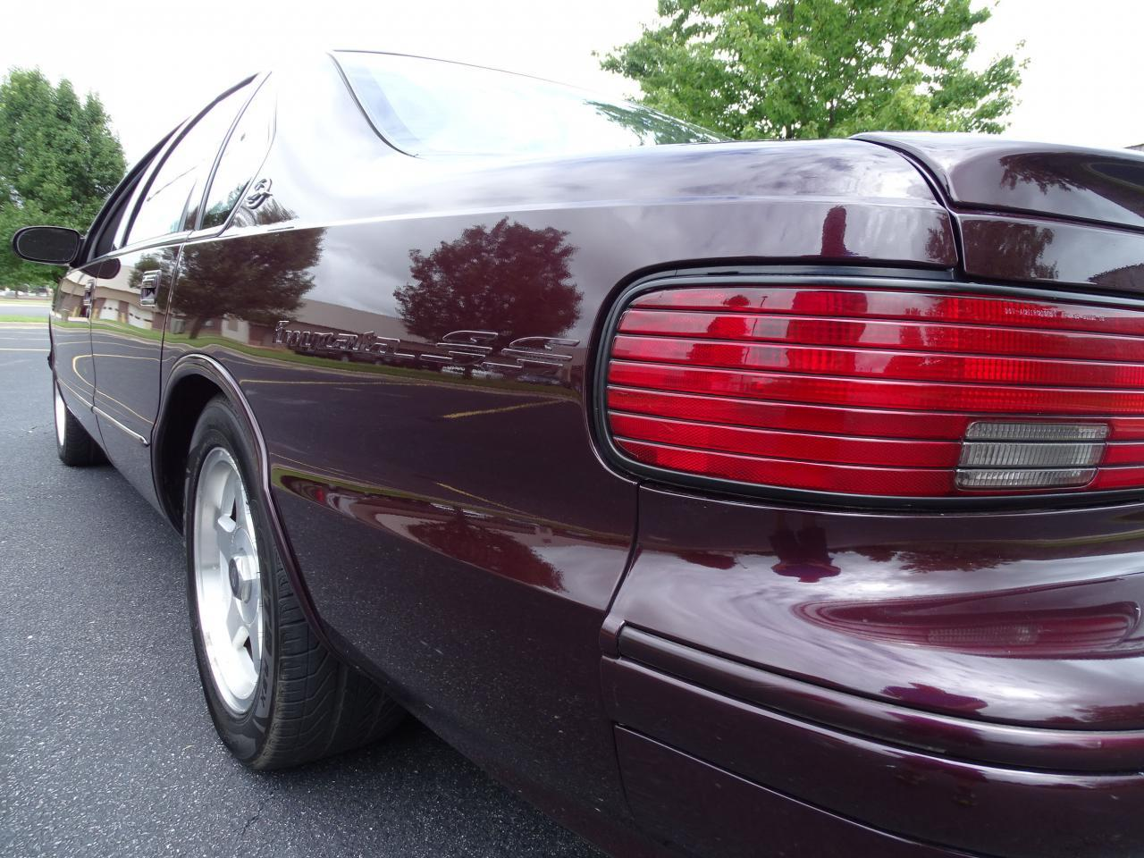 Large Picture of '96 Impala Offered by Gateway Classic Cars - St. Louis - QB5K