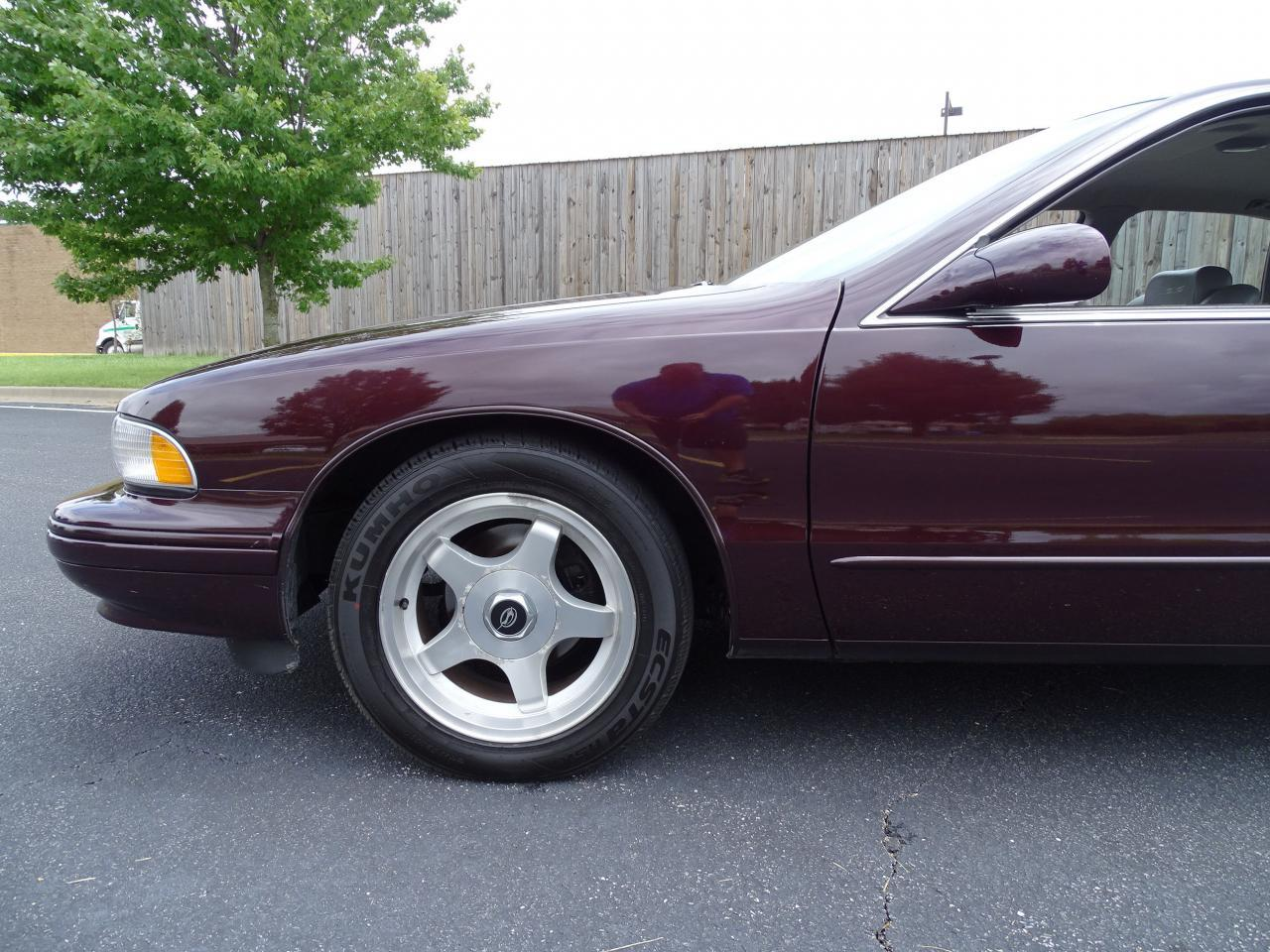 Large Picture of 1996 Chevrolet Impala Offered by Gateway Classic Cars - St. Louis - QB5K