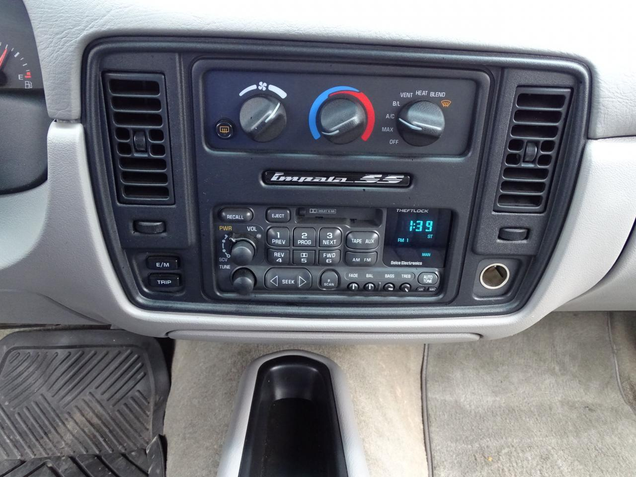 Large Picture of 1996 Impala located in O'Fallon Illinois - $19,000.00 Offered by Gateway Classic Cars - St. Louis - QB5K