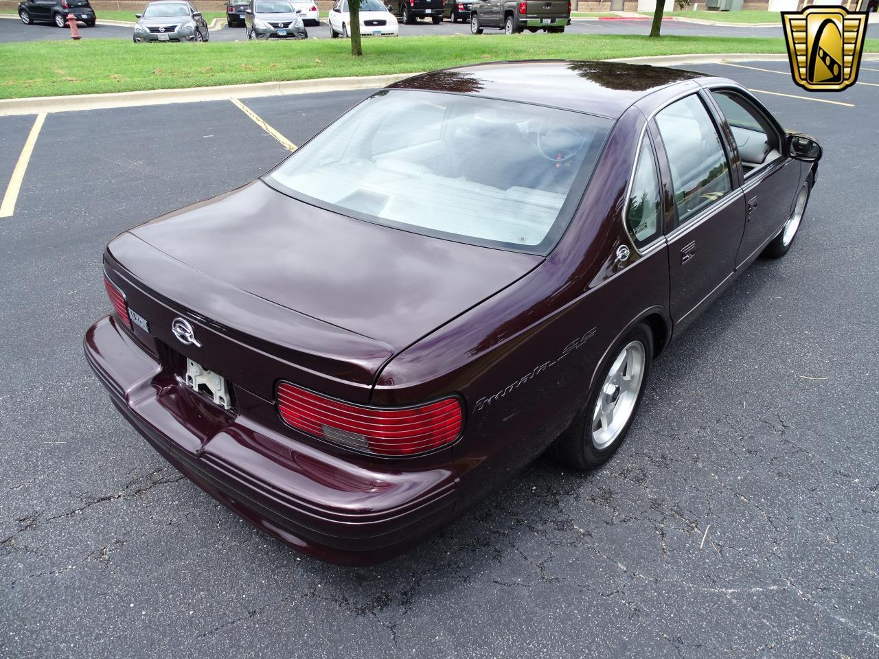 Large Picture of '96 Impala located in O'Fallon Illinois - $19,000.00 Offered by Gateway Classic Cars - St. Louis - QB5K