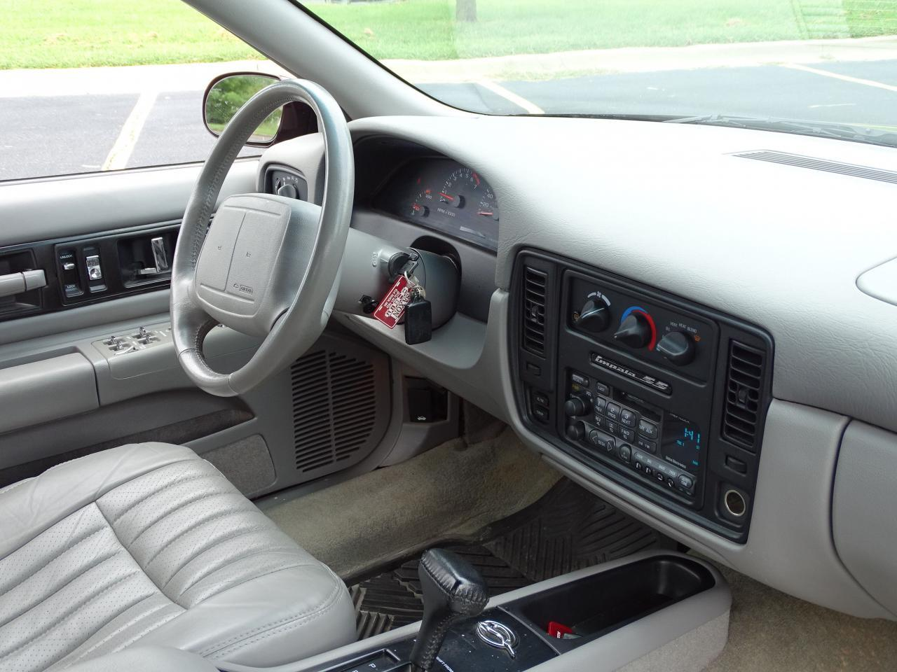 Large Picture of 1996 Impala Offered by Gateway Classic Cars - St. Louis - QB5K