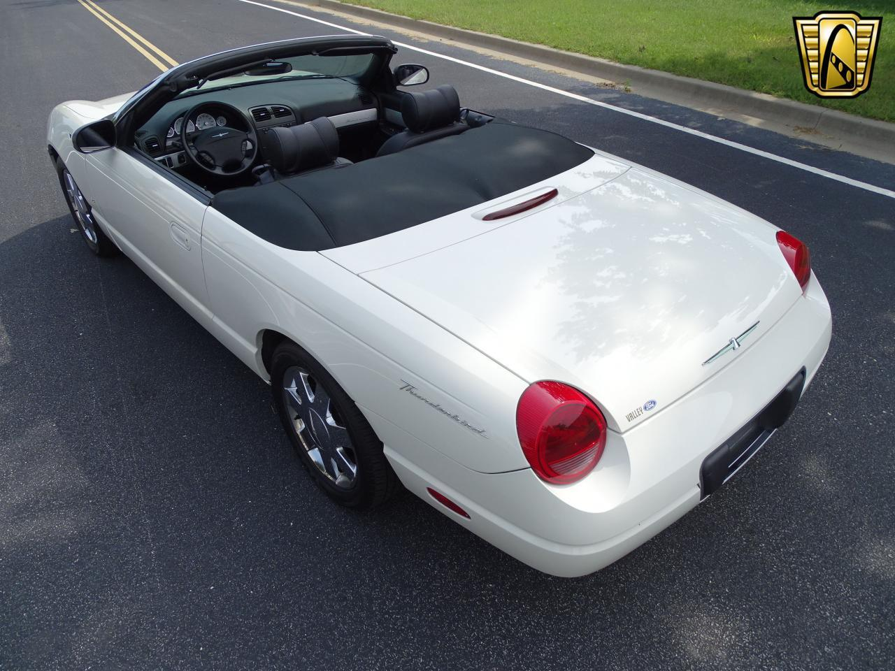 Large Picture of '03 Ford Thunderbird located in Illinois - $13,500.00 Offered by Gateway Classic Cars - St. Louis - QB5Q