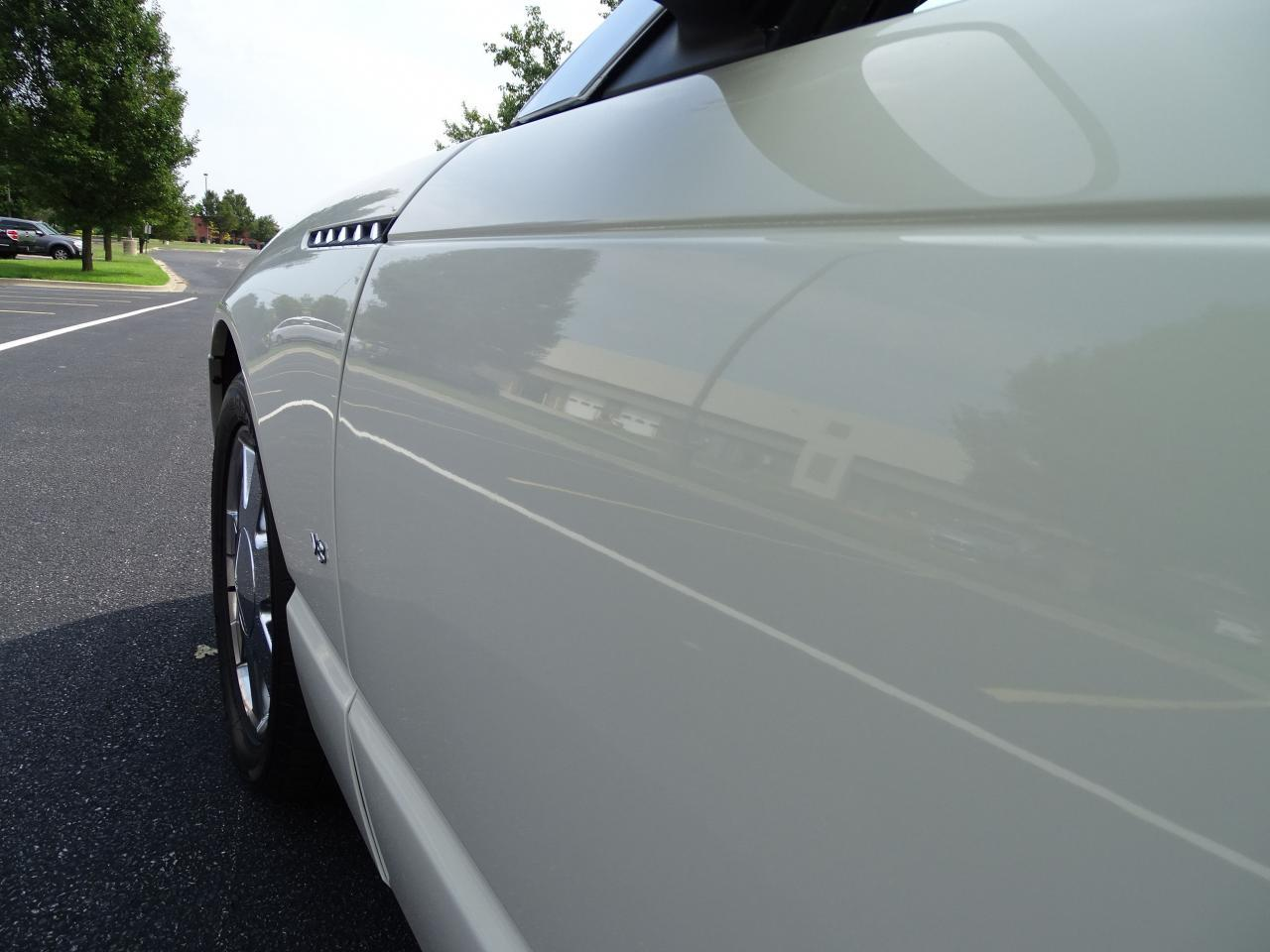 Large Picture of '03 Ford Thunderbird - QB5Q