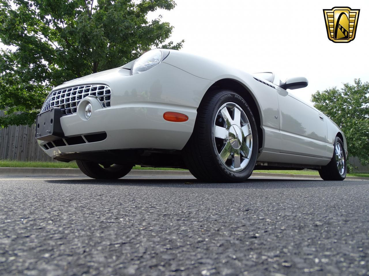 Large Picture of 2003 Ford Thunderbird - $13,500.00 Offered by Gateway Classic Cars - St. Louis - QB5Q
