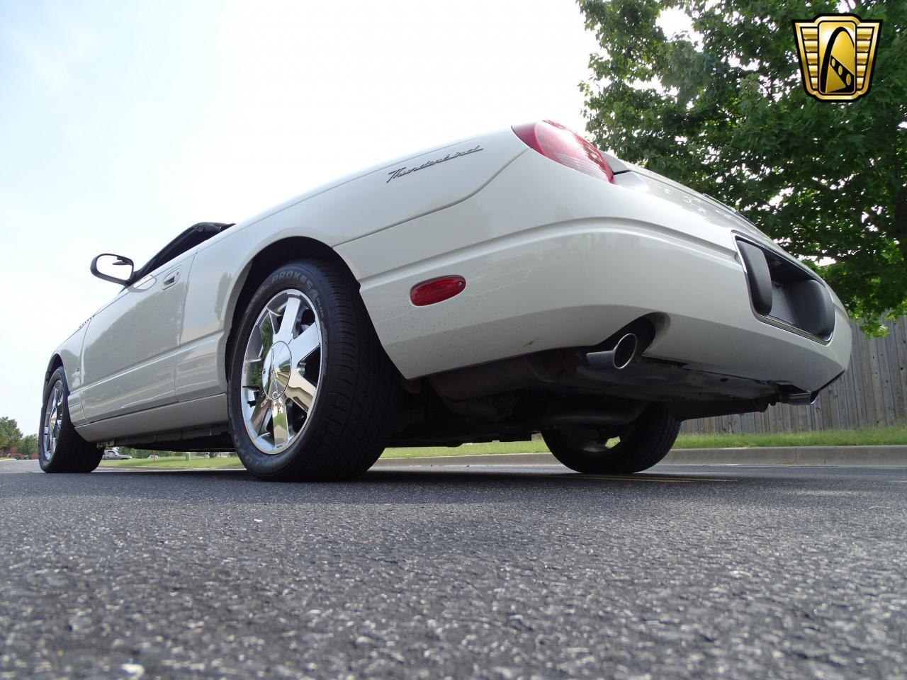 Large Picture of 2003 Thunderbird - $13,500.00 Offered by Gateway Classic Cars - St. Louis - QB5Q