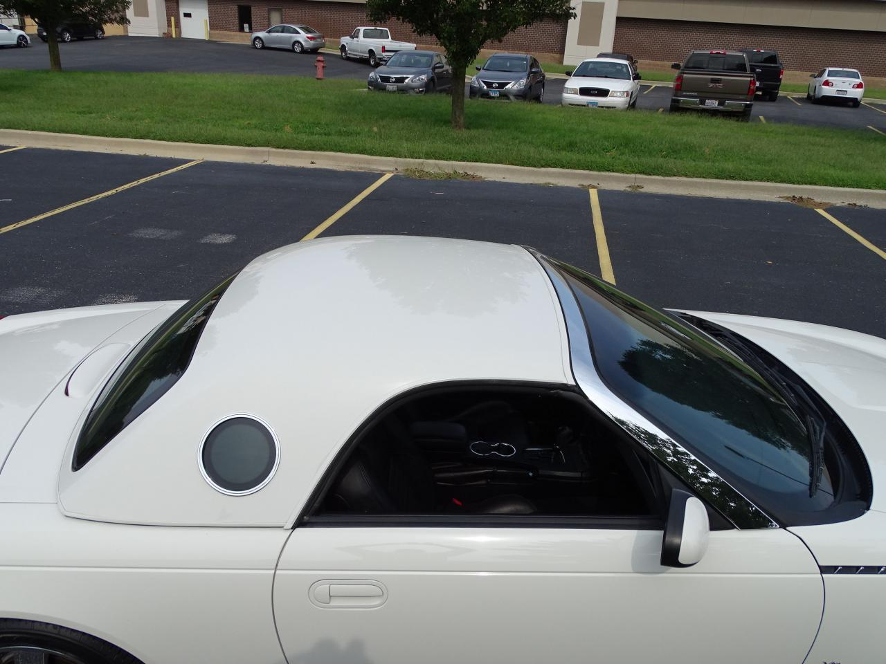 Large Picture of '03 Ford Thunderbird located in Illinois - QB5Q