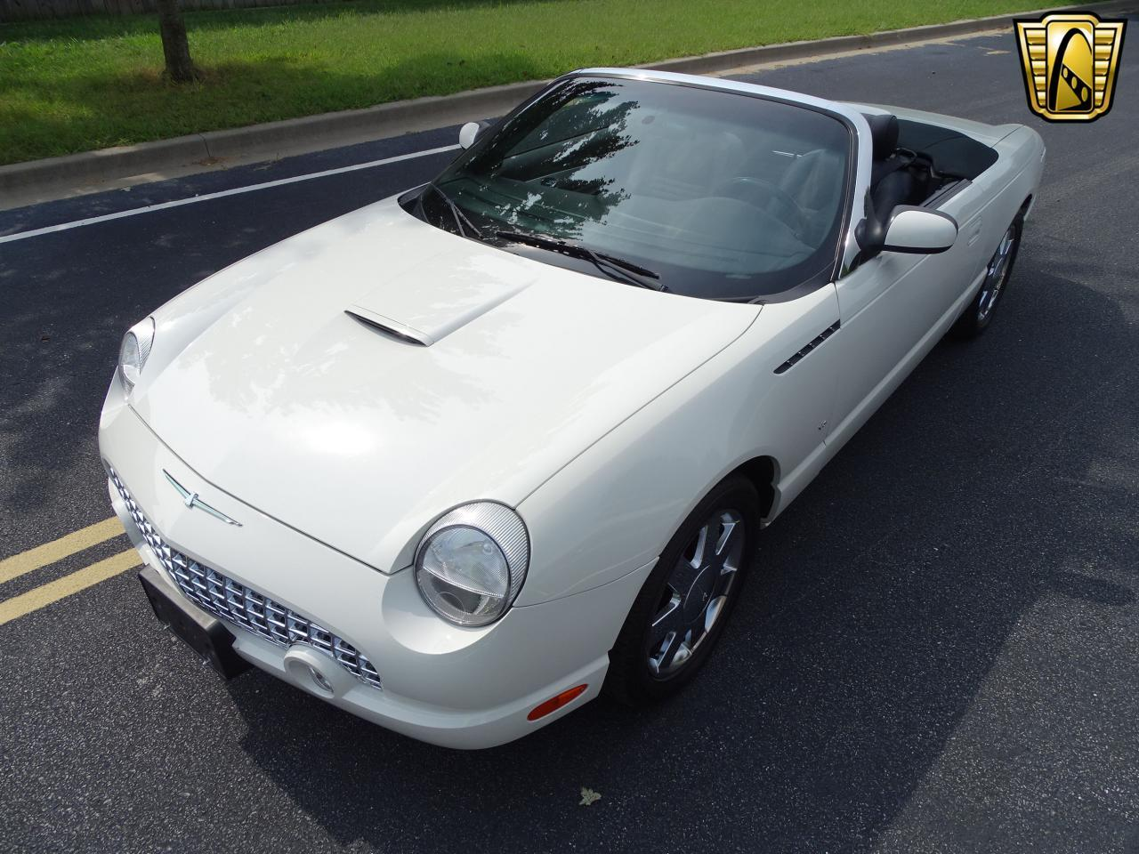 Large Picture of 2003 Ford Thunderbird located in O'Fallon Illinois Offered by Gateway Classic Cars - St. Louis - QB5Q