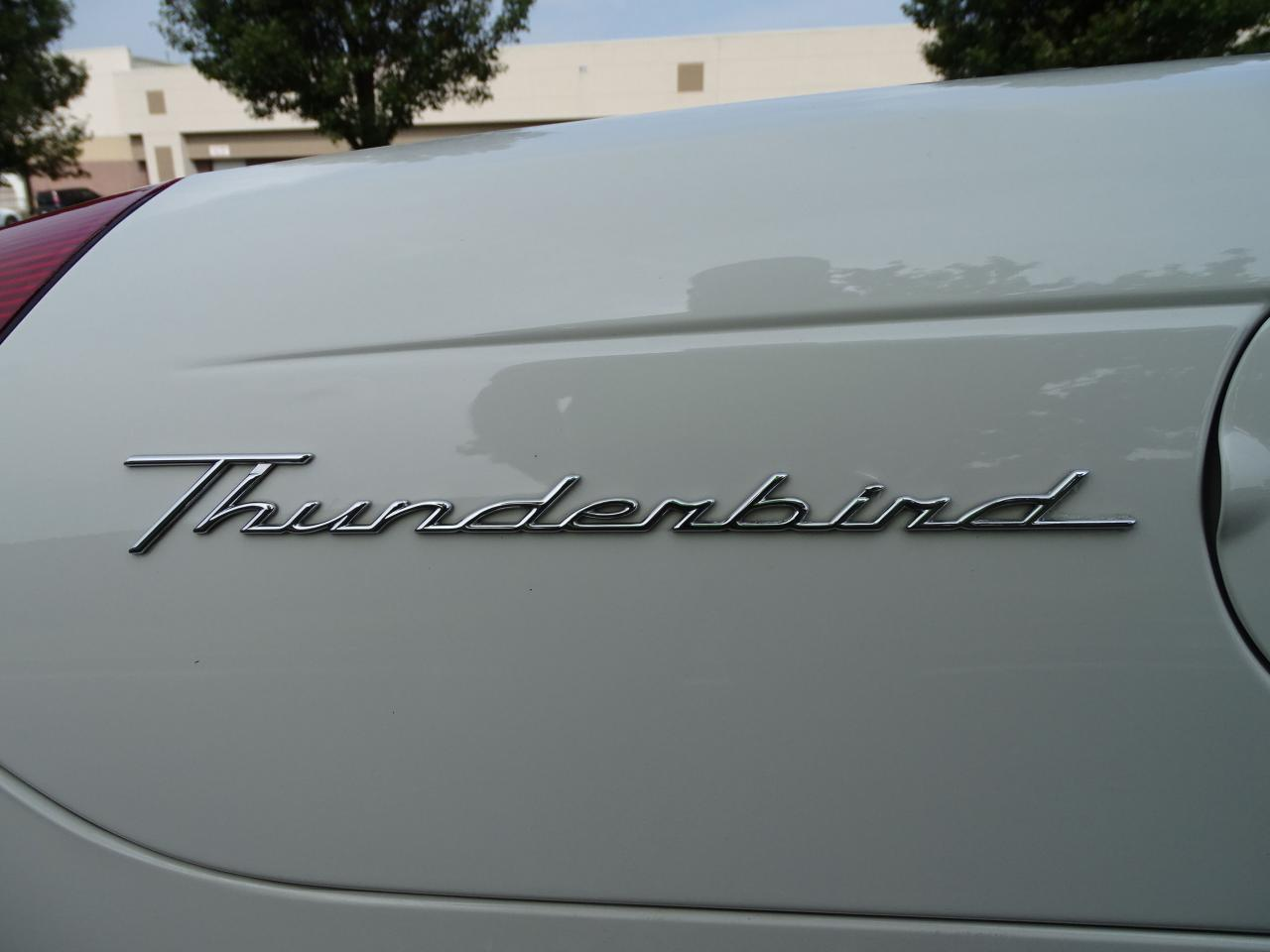 Large Picture of '03 Ford Thunderbird - $13,500.00 - QB5Q