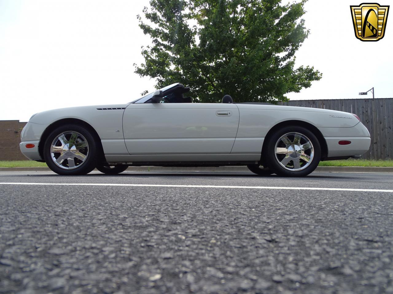 Large Picture of '03 Thunderbird located in Illinois - QB5Q