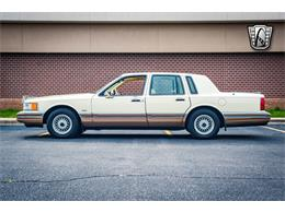 Picture of '90 Lincoln Town Car - $16,500.00 - QB8G